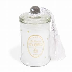 Bougie Parfumée Maison : bougie bonbonni re parfum e musc blanc blanche h 11 cm gifts pinterest bonbonni re blanc ~ Teatrodelosmanantiales.com Idées de Décoration