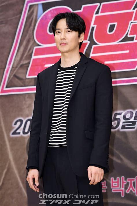 '열혈사제' 김남길