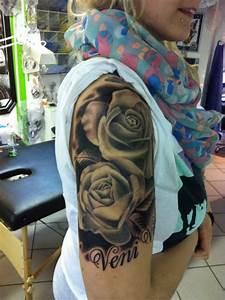 Tattoo Ganzer Arm Frau : suchergebnisse f r 39 rosen 39 tattoos tattoo lass deine tattoos bewerten ~ Frokenaadalensverden.com Haus und Dekorationen