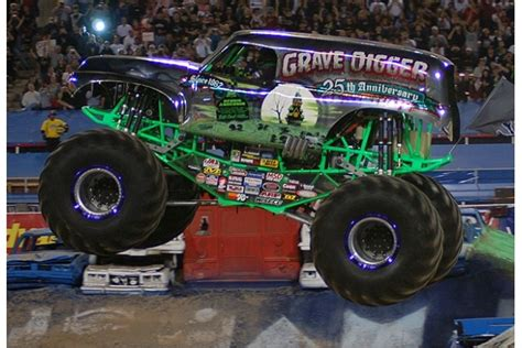 grave digger monster truck images grave digger monster truck lifted chevy trucks pinterest