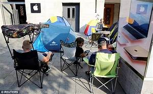 Apple's iPhone 7 launch sees fans queueing for FIVE DAYS ...