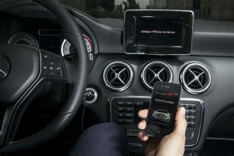 si鑒e auto class plus prova drive kit plus per iphone presente sulla nuova mercedes classe a iphone italia