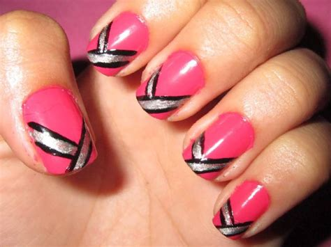 25+ Cute Nail Designs For December