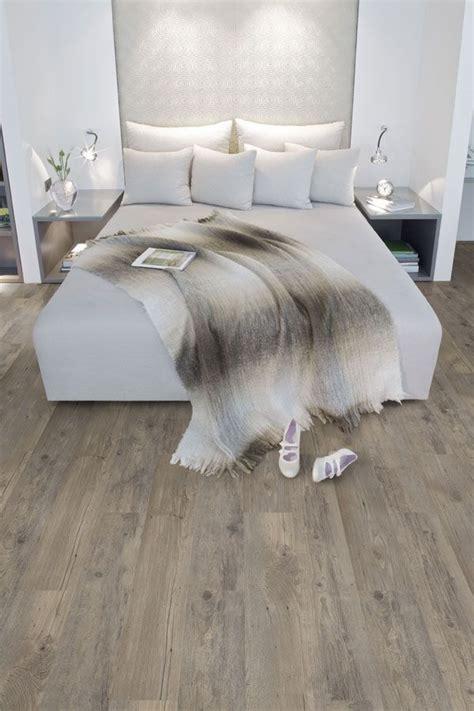 vinyl flooring in bedroom 25 best ideas about vinyl wood flooring on pinterest wood flooring flooring ideas and vinyl