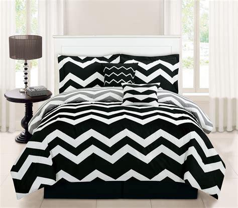 6 Piece Chevron Black Comforter Set