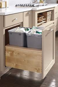 Sideboard Push To Open : push to open wastebasket cabinet diamond cabinetry ~ Bigdaddyawards.com Haus und Dekorationen