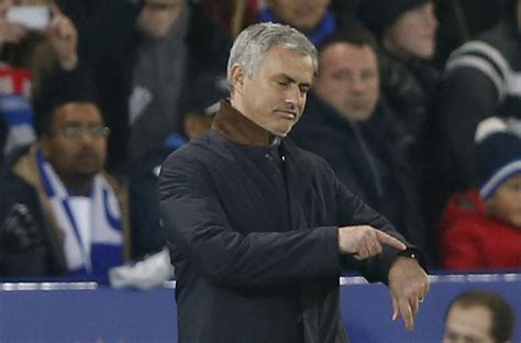 Mourinho could face toxic dressing room, says Cascarino ...