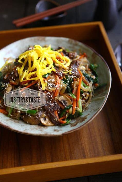 Mie seafood pedas gurih kali ini kita masak ala korea. Korean Japchae   Resep, Resep masakan, Resep makanan korea