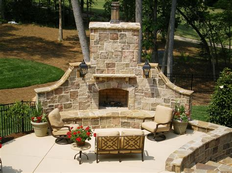 Backyard Fireplace Ideas by Backyard Fireplace For The Home Outdoor Fireplace