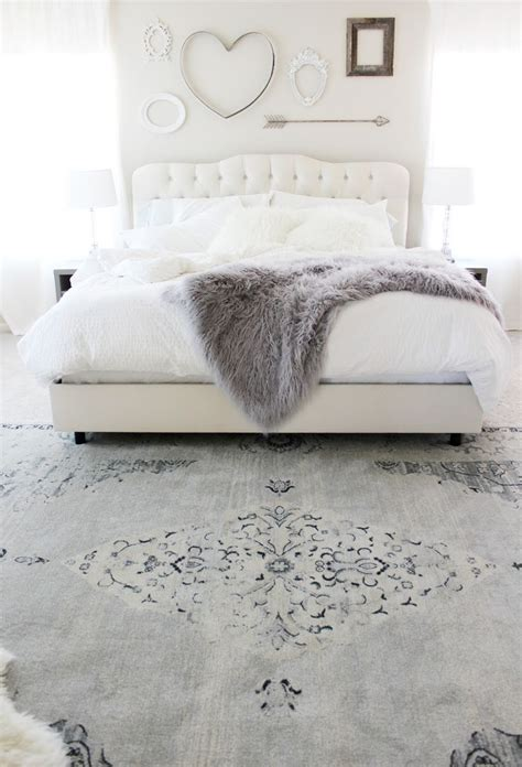 small bedroom rugs 25 best ideas about white headboard on pinterest white 13266 | 30738e0606acafcab152fdff2a8e0161 white bedrooms grey and white bedroom ideas cozy