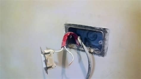 How Replace Single Outlet Into Gang With Switch