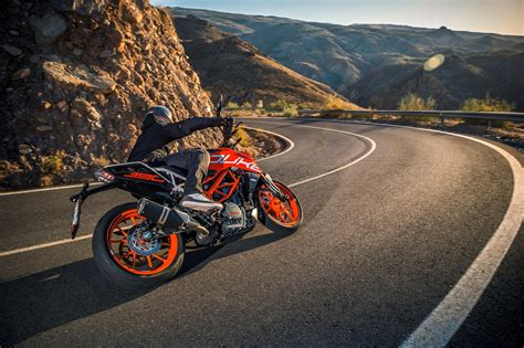Ktm Duke 390 Picture by 2017 Ktm Duke 390 Pictures Photos Images Snaps 012