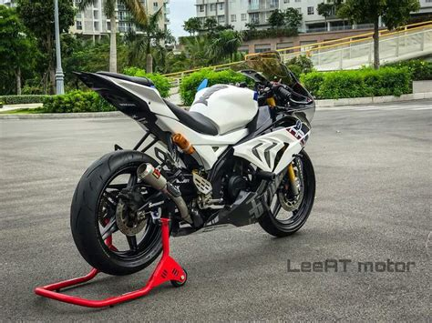 R15 V2 Modification Tips by Yamaha R15 Modified To Look Like Rs 85 L Worth Bmw S1000rr