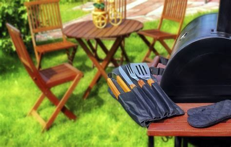 Simple Summer Kitchen: Take it Outdoors ? The RTA Store