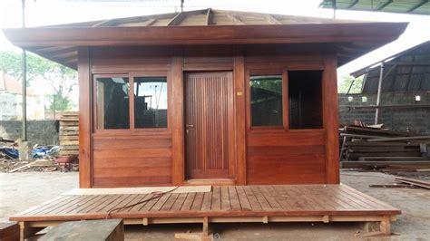 prix plan de travail granit cuisine cottage bungalows pavillons bois en kit avec mobiteck