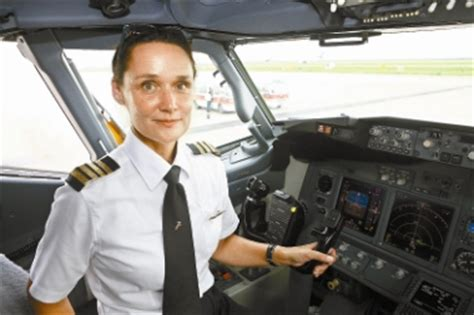 first woman to form australian women s pilot association china s first foreign female airline captain takes post