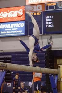 illinois s gymnastics takes at big five meet
