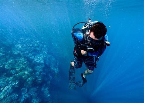 fiji scuba diving learn  dive courses mantaray