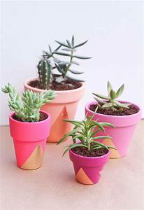 Pot A Cactus : 25 diy painted flower pot ideas you 39 ll love ~ Farleysfitness.com Idées de Décoration