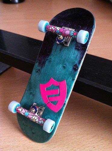 epic flat face fingerboard love  finger skateboard