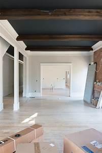 shiplap-ceiling-beams-black-ceiling-gray-walls-black