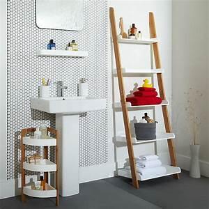 Echelle Salle De Bain : tag re salle de bain un bain d 39 id e pour faire le bon ~ Dallasstarsshop.com Idées de Décoration