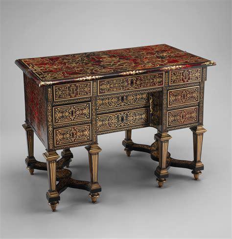 bureau louis xiv exceptionnel bureau exécuté vers 1685 par alexandre jean
