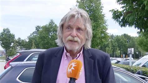 Genealogy for johan doerksen (deceased) family tree on geni, with over 200 million profiles of ancestors and living relatives. Johan Derksen erkent: 'Eén fout gemaakt tijdens VI-rel' | RTL Boulevard