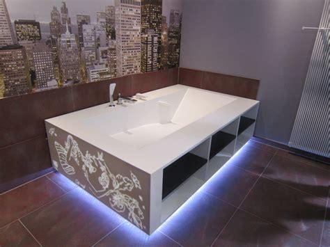 plaque de marbre cuisine cuisine corian salle de bain corian crea diffusion