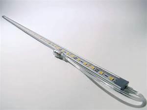 Led Lichtleiste Bewegungsmelder 230v : lichtleiste 54 led smd 91cm in ip65 kaltwei ~ Markanthonyermac.com Haus und Dekorationen