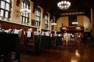 Dining hall in JE | Jonathan Edwards College (JE) at Yale ...