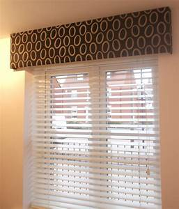 White wooden venetian blind with a black pelmet home for Wooden curtain pelmets