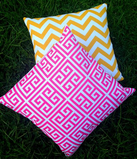 outdoor cushion cover pink and white maze black