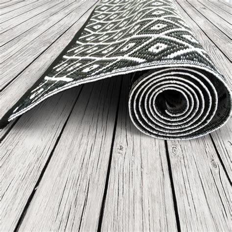 Outdoor Teppich Schwarz Weiß by Garten Im Quadrat Outdoor Teppich Arabien Schwarz Wei 223