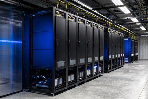 facebooks oregon data center   lab