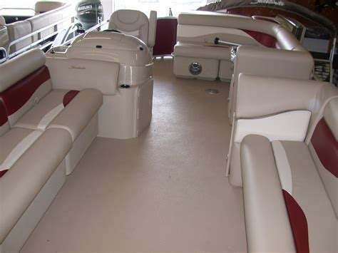 pontoon boat vinyl flooring