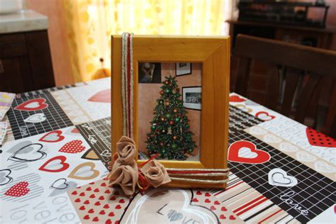 cornice porta cornice porta foto e piccolo quadretto floreale