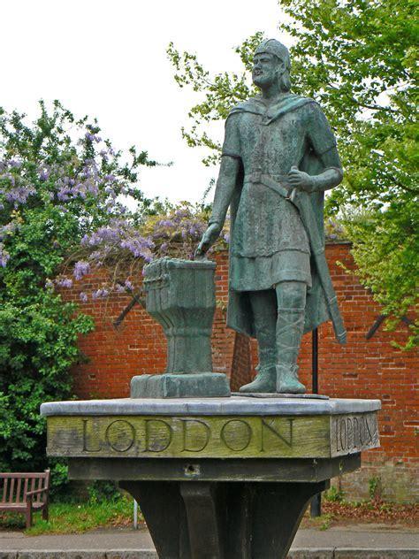 Loddon, Norfolk, including Loddon Mill, Wherrymans Way
