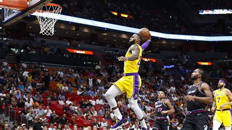 lebron james scores  points lakers roll  heat