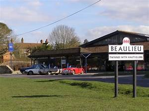 Garage Beaulieu : beaulieu garage and village sign new jim champion geograph britain and ireland ~ Gottalentnigeria.com Avis de Voitures