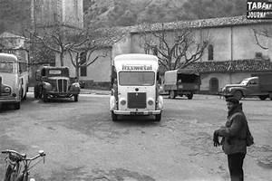 Goelette Renault : renault go lette une place en 1960 une voiture de collection propos e par thierry p ~ Gottalentnigeria.com Avis de Voitures