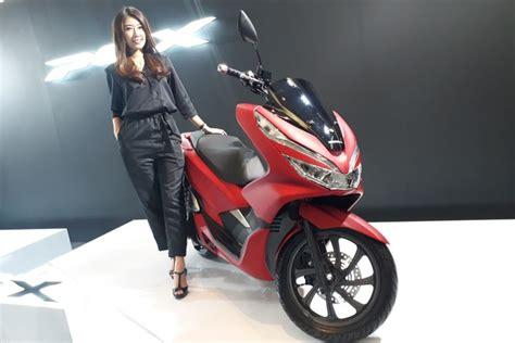 Pcx 2018 Jakarta by Ada Yang Spesial Dari Pilihan Warna Pcx Versi Lokal