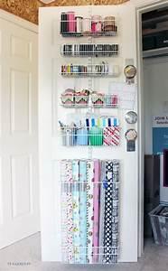 Geschenkpapier Organizer Ikea : best 25 wrapping paper storage ideas on pinterest gift wrap storage gift wrapping supplies ~ Eleganceandgraceweddings.com Haus und Dekorationen