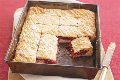 Philadelphia-cherry Danish Dessert