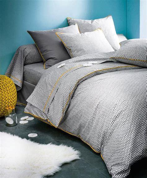 revêtement de sol chambre à coucher sol de la chambre moquette parquet ou carrelage