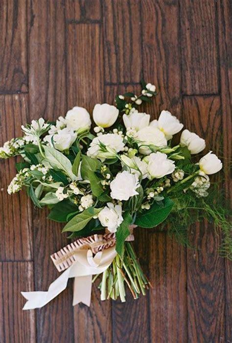 innocently beautiful white bridal bouquets weddingomania
