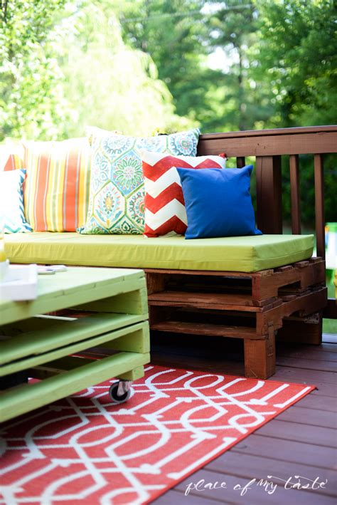 diy outdoor furniture made from pallets diy pallet furniture a patio makeover 45691