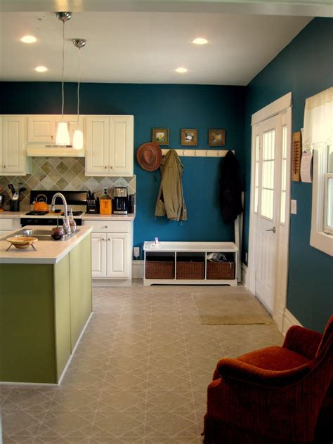Remodelaholic   Kitchen Before and After; Decorative