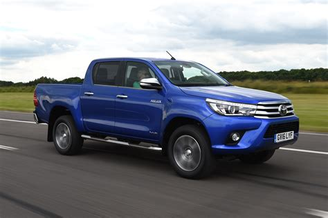 New Toyota Hilux Pick Up 2018 Review Pictures Auto Express