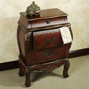 Bedroom: Small Wooden Bombe Chest Design With Rugs And